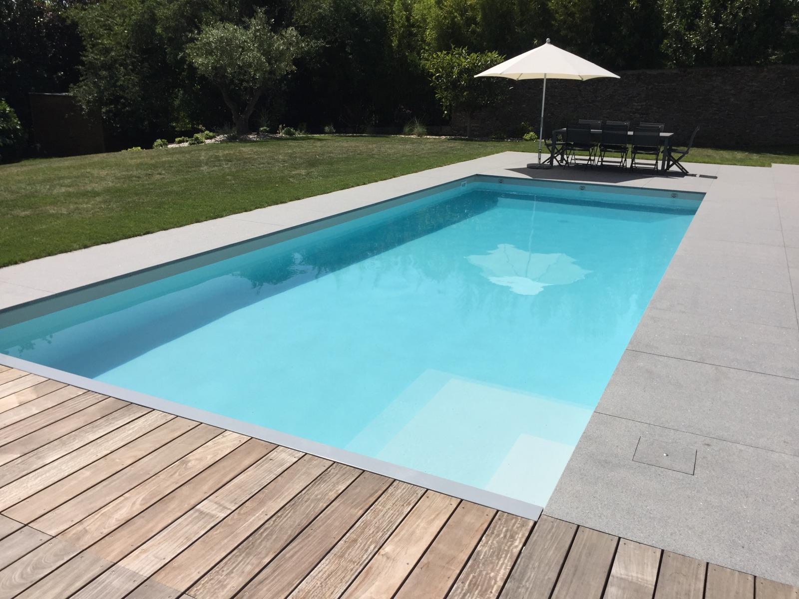 Piscines vinet r alisations de piscines sur mesure et for Construction piscine nantes